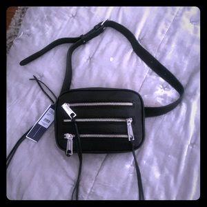 Rebecca Minkoff Belt Bag / Crossbody / Fanny pack